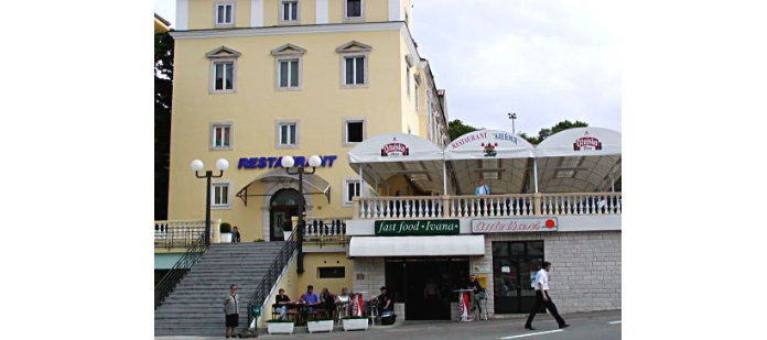 "Restaurant "" Krešimir """